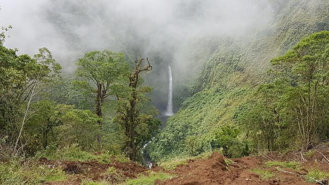 Cascade Bajo del Toro
