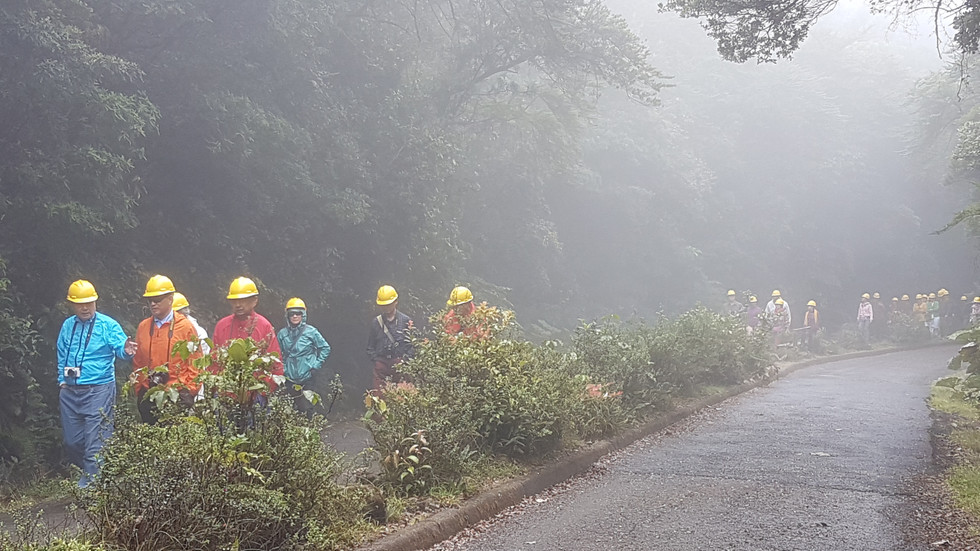 Sentier menant au volcan Poas