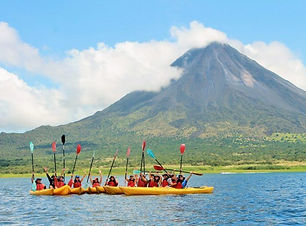 Kayak discovery of the Arenal Volcano