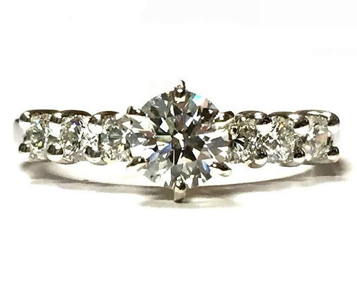 Shared Prong Diamond Engagement Ring Mounting With 6 Prong Crown
