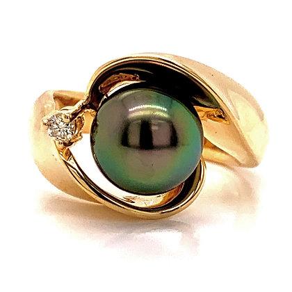Black Tahitian Cultured Pearl & Diamond Ring
