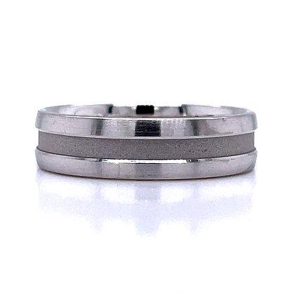 Recessed Sandblast Center Wedding Ring