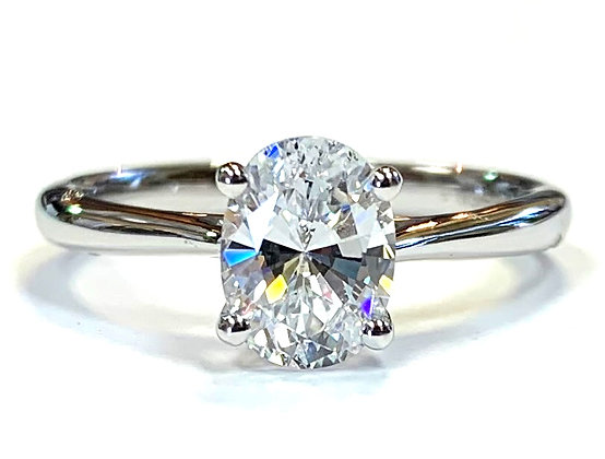 """""""MacKenzie"""" Tapered Solitaire Ring Mounting"""