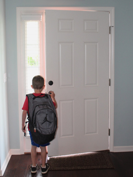 One Thing You Should Do Before Your Child Walks out the Door Every Morning