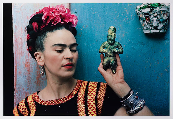 Frida Kahlo's Visits to the United States Helped Crystallize Her Unique Artistic Persona