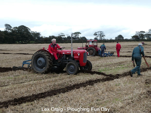 Ploughing%20Fun%20Day%202014%20(1)_edited.jpg