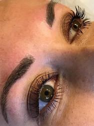 eyeb.jpg