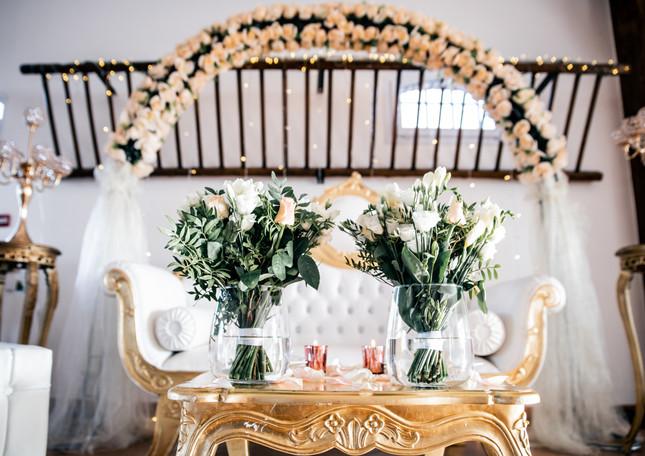 Trône de mariage au domaine de Champigny - Le domaine de champigny Romantic wedding throne