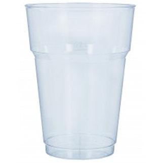 Copo de cristal, em plastico rigido
