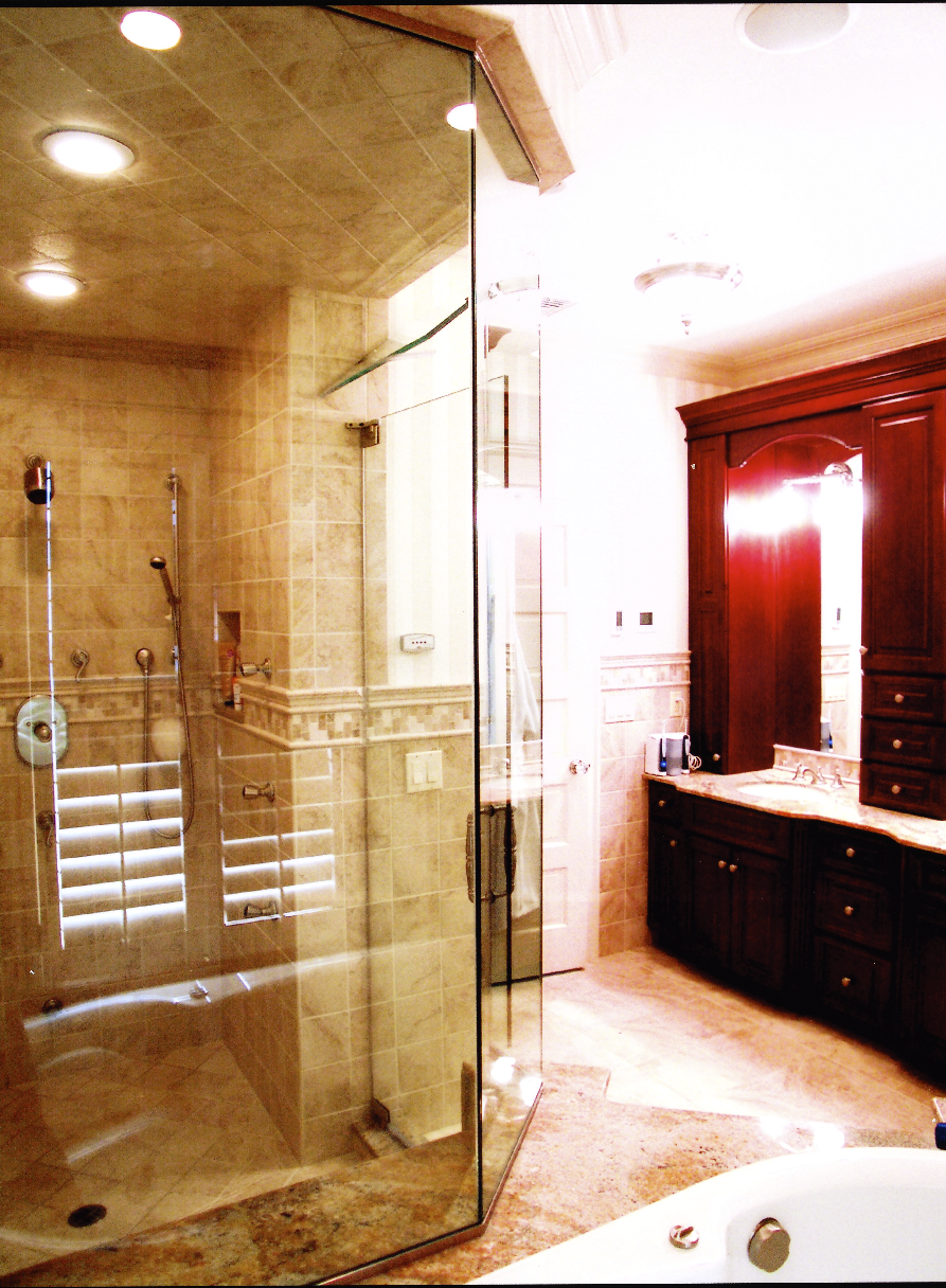 Shower-Glass-Doors-Bathroom-Shadel