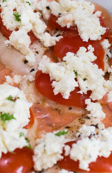 Putenbrust mit Tomaten und Schafskäse