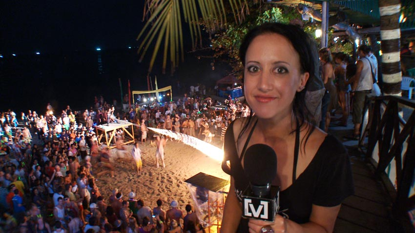 Jane Gazzo Season 2 Full Moon Party 01