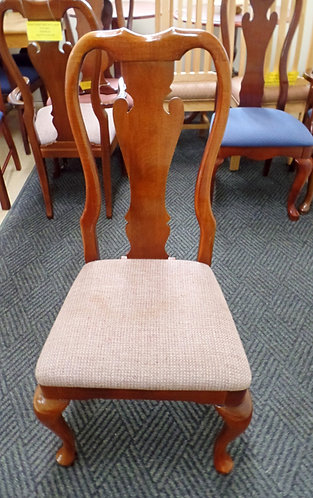 Queen Annie Solid Cherry Wood Chair's
