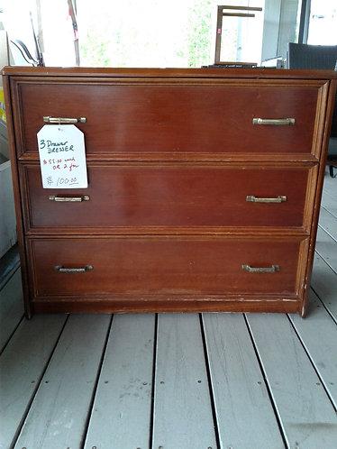 3 Drawer dressers
