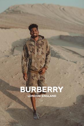 """""""Burberry"""" photoshoot"""