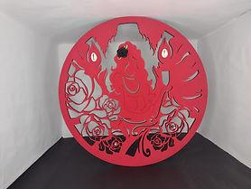 Mandala Decorada Mulher Rosas Vermelhas