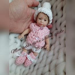 Mini Bebê Reborn Silicone Sólido