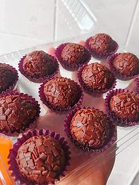 Caixa 12 Brigadeiros Gourmet