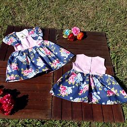 Vestido Floral com detalhes em Tecido Liso