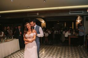 πρώτος χορός του ζευγαριού στο Thessa