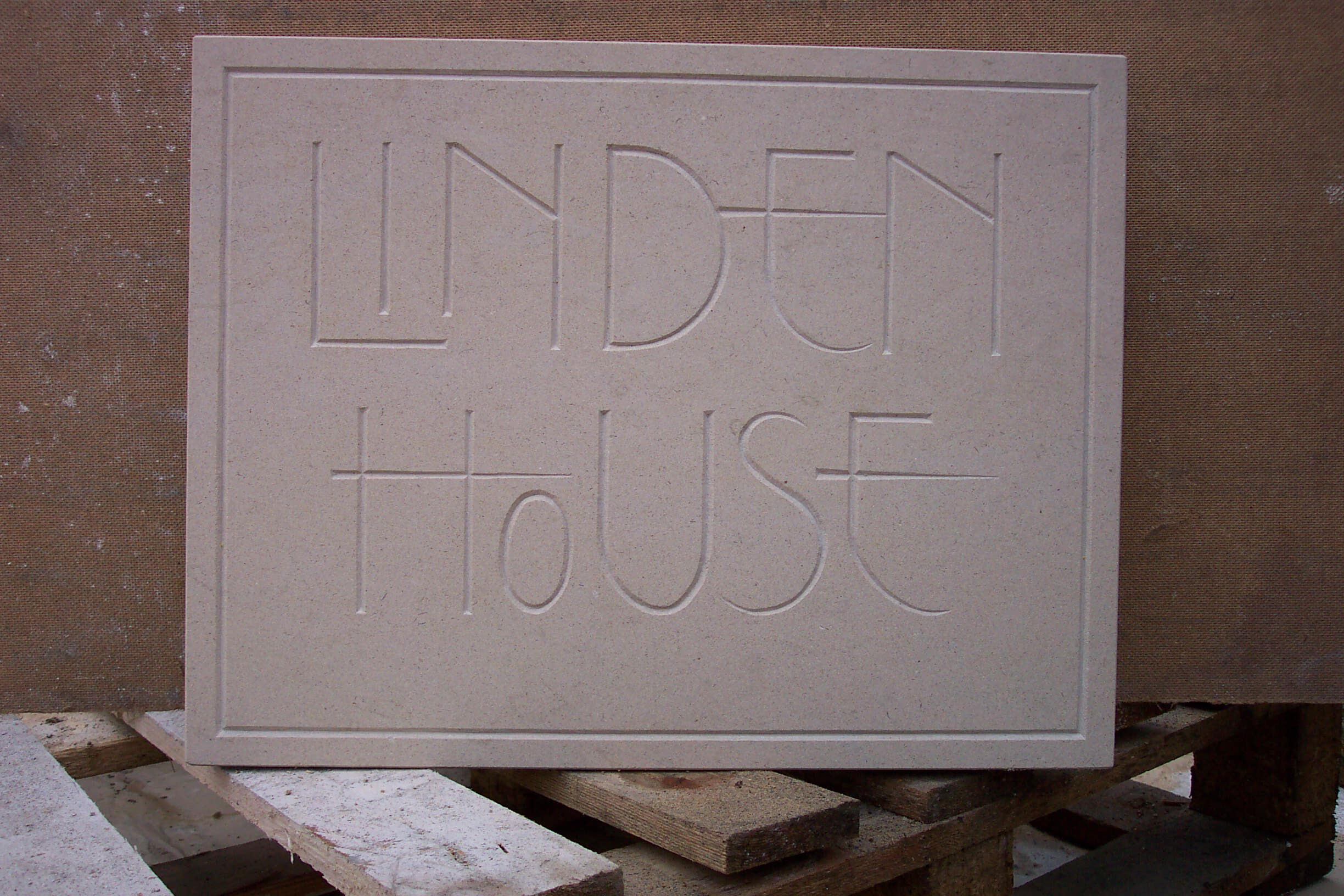 sandstone cross- Corn exchange ips -fire place westley rd 007.jpg