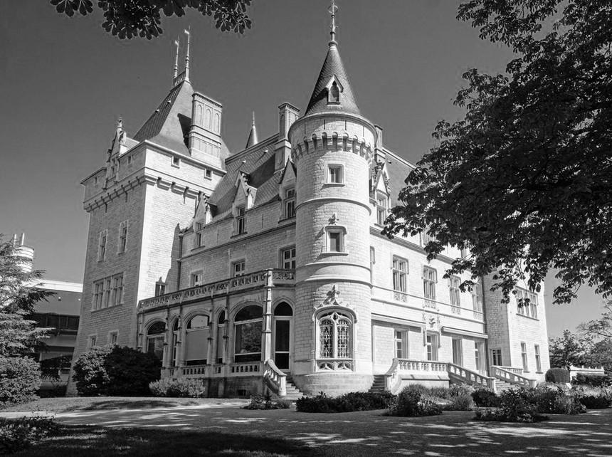 Le Château d'Ecully