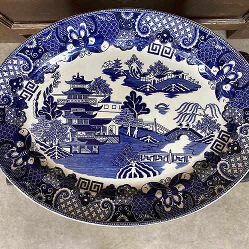 Willow pattern meat platter, vintage interiors at Source for the Goose