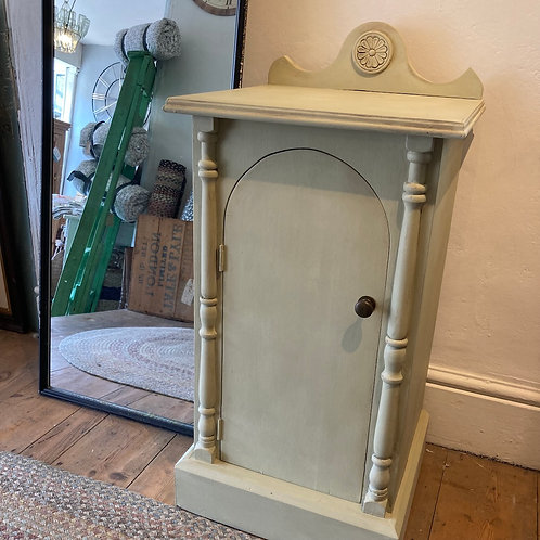 French style hand painted pot stand, in Annie Sloan Versailles Chalk Paint