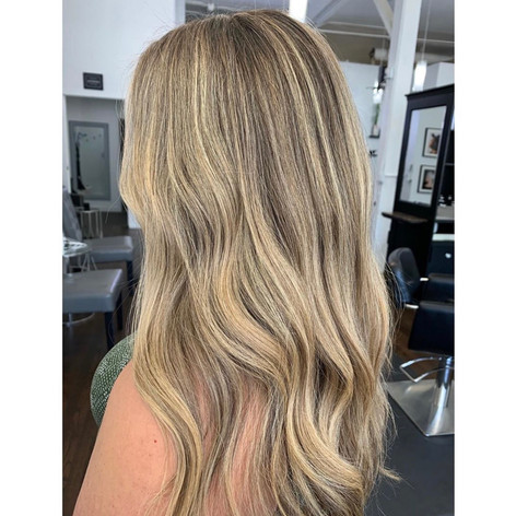 Blonde balayage for summer by Josie at Vibe Salon.