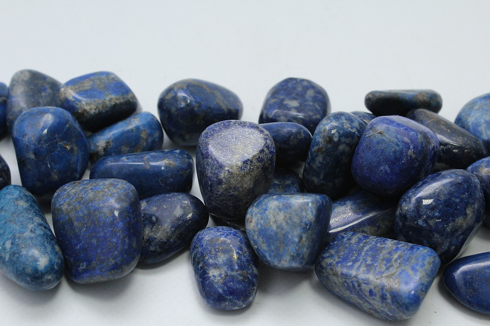 Lapis lazuli, vertus Lapis lazuli, propriété Lapis lazuli, bijoux Lapis lazuli, pierre naturelle