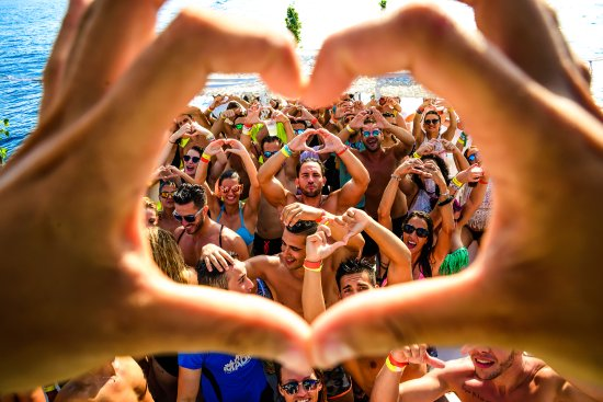 miami-sea-party-love