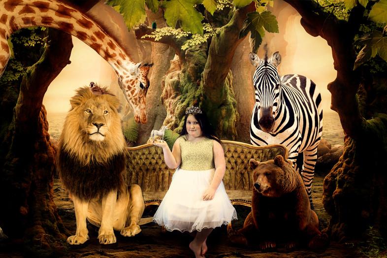 BENCH WITH WILD ANIMALS JUNGLE.jpg