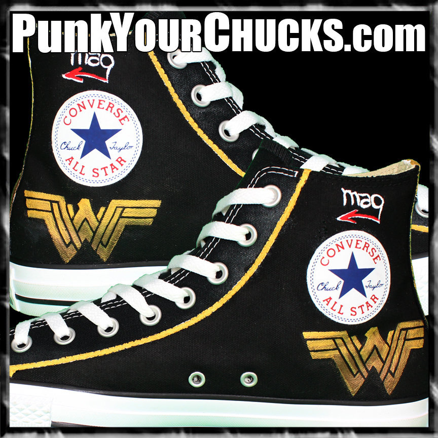 Wonder Woman High Chucks insides