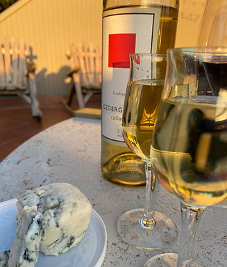 Spring Wines with Cheese Pairing