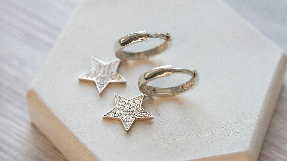 Серьги-щелчок с крупными звездами