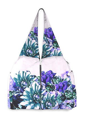 604281310a298700132dae51-yoga-tote-front