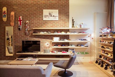 Fittingroom_showroom_Brussels_VANS_VEJA