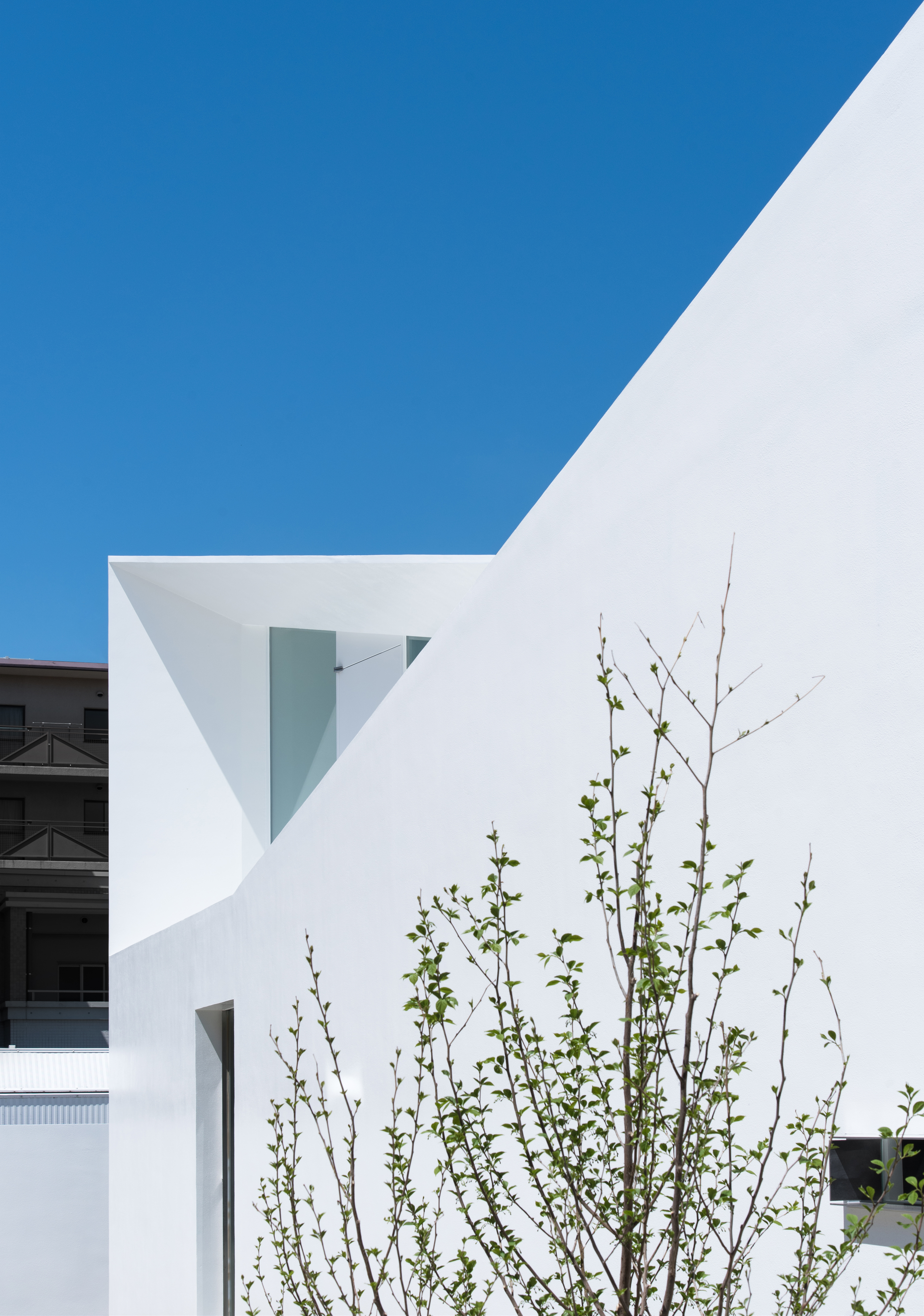 facade_day