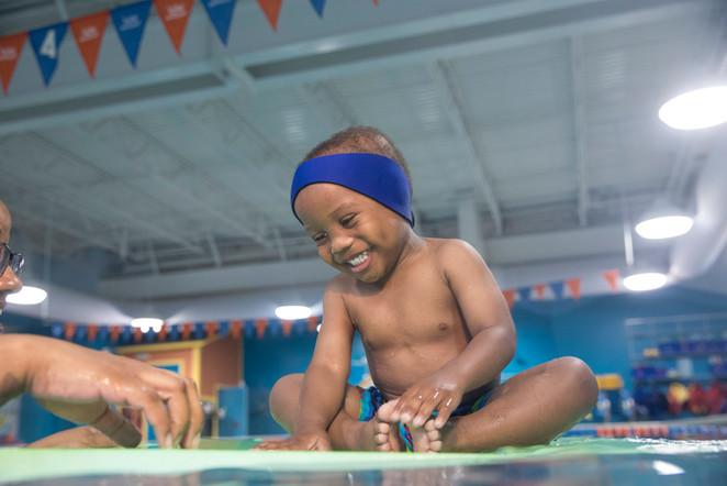 4618_170821_Goldfish_SwimSchool.jpg