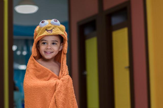 6187_170822_Goldfish_SwimSchool.jpg