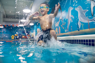 5952_170822_Goldfish_SwimSchool-Edit.jpg