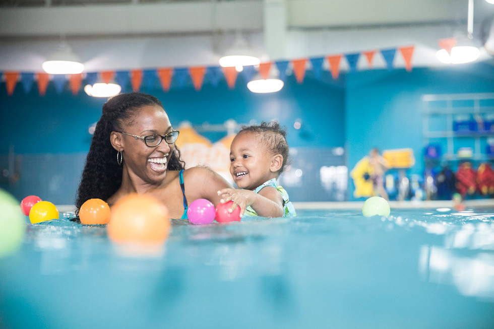 7569_170822_Goldfish_SwimSchool.jpg