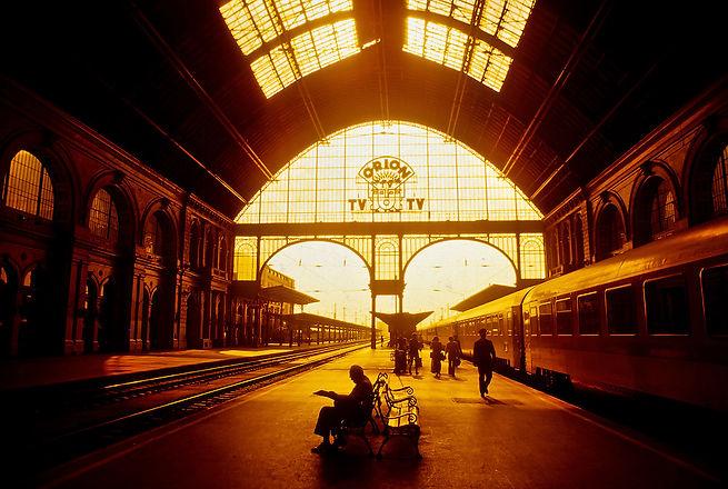 budapesttrainstation.jpg