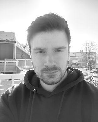 Niklas Profilbilde svart hvit.jpg