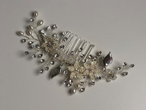 Silver Flower, Rhinestone, Pearl & Crystal Hair Comb | Silver Bridal Hair Jewel