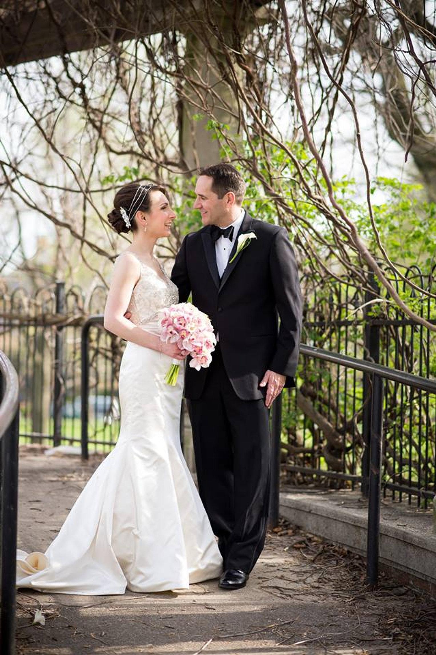 Shannon Goode, On-site hairstylist Columbus, Ohio Top Wedding Pro