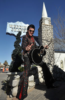 Hochzeit mit Elvis in der Graceland Chapel