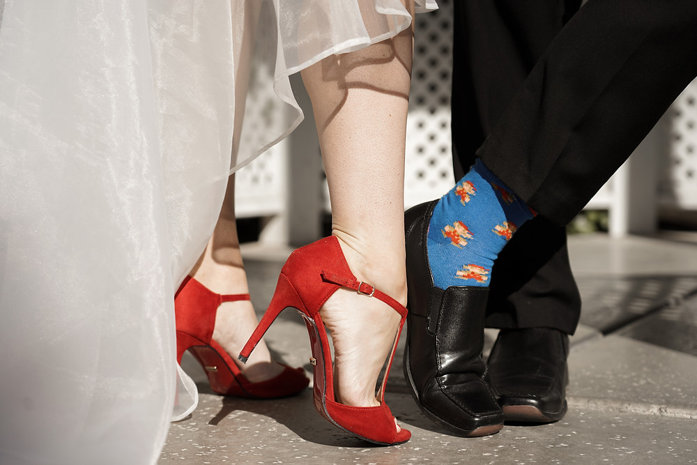 Rote Schuhe zur Hochzeit