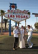 Hochzeit am Las vegas Sign mit Elvis