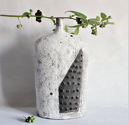 Black Stone Vessel 17